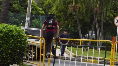 Continúan las 'voladas' de vallas en el Corredor Universitario
