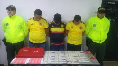 El 'gol' de los vendedores de boletas falsas en partido Colombia-Brasil que la Policía 'atajó'