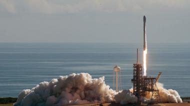 Así fue el despegue de SpaceX, la mininave espacial secreta de la fuerza aérea de EEUU