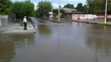 Se desborda el río Fundación e inunda siete barrios