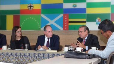 Avanza la estructuración financiera del Estado Regional