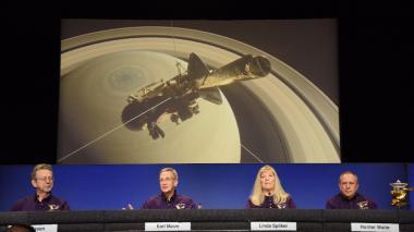 Todo listo para la muerte de la sonda Cassini en Saturno