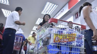 Por robos, cadenas de supermercados registran pérdidas hasta de 12 %