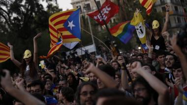 Ordenan a Policía catalana impedir el referéndum
