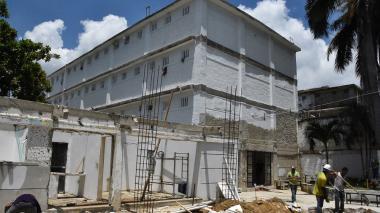En la cárcel distrital de El Bosque están construyendo dos pabellones para ampliar el cupo carcelario.