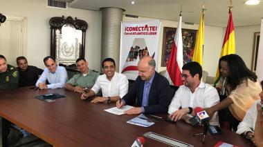 De derecha a izquierda: Clemente Fajardo, Enrique Gil Botero, Pedro Lemus y Guillermo Polo.