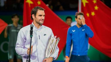 Federer gana a Nadal en el duelo de Shanghai