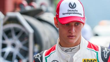 Mick Schumacher sueña con seguir los pasos de su padre