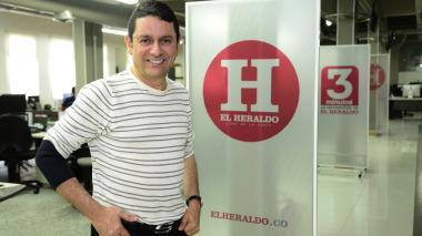 El cantautor Iván Ovalle durante su visita a EL HERALDO.