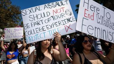 El acoso sexual, una plaga que toca todos los sectores en EEUU