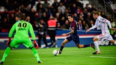 París SG gana 3 - 0 al Nisa y se ratifica como líder de la liga Francesa