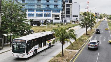 Asaltan a pasajeros de alimentador de Transmetro en el Corredor Universitario