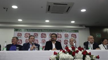 Miembros de la Farc presentando candidaturas a elecciones de 2018.