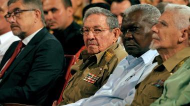 EEUU endurece sanciones contra Cuba centradas en turismo y militares
