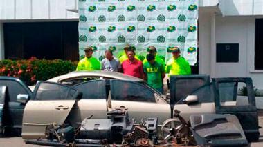 Vinculan a concejal de San Juan con robo de vehículos