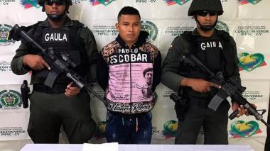 Alias Lucho o Camilo, en la foto de reseña de las autoridades comerciales.