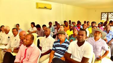Líderes de distintos sectores, durante la sesión.
