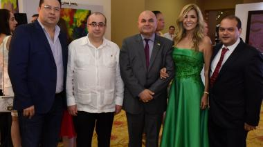 Alberto Llinás, George Abu Zeus, Edmundo José Feris, Dalel de Feris y Juan Vergara.