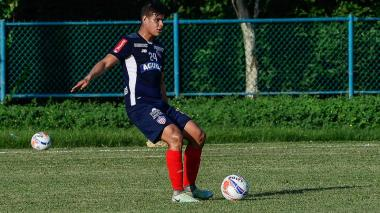 Ante la ausencia de Jonathan Ávila, el defensor central Jorge Arias será el titular ante Flamengo.