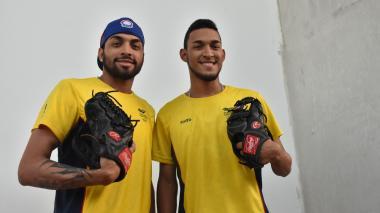Los hermanos Escorcia dejan la 'rivalidad' a un lado y hacen fuerza por Colombia