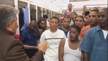 Colombianos siguen abandonados a su 'buena suerte' en Venezuela