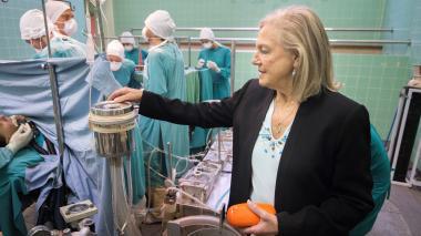 Dene Friedmann, la enfermera que asistió a la operación.