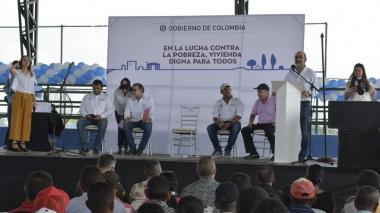 Minvivienda sorteó 250 casas gratis que construirá el Gobierno en Santa Lucía