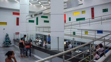 La IPS Universitaria se va con deudas y cuentas por cobrar