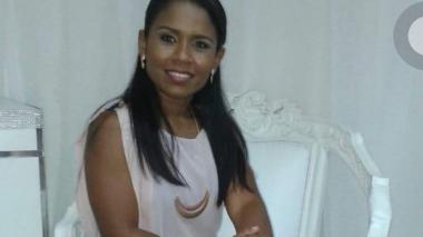 Se entrega contadora de Oneida Pinto y es enviada a la cárcel