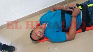 El expolicía Levith Aldemar Rúa Rodríguez, quien al momento de la captura dijo sentirse mal de salud.
