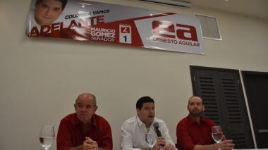 De izquierda a derecha: Francisco Aguilar, Mauricio Gómez y Ernesto Aguilar.