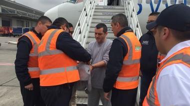 Paramilitar alias 'HH' fue deportado a Colombia