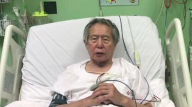 Fujimori hablando desde la clínica en donde es atendido.