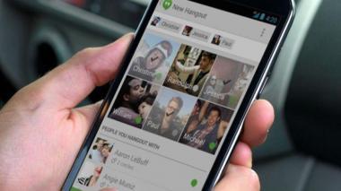 El ciberatacante podría aprovecharse del servicio MediaProjection de Android.