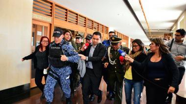 Santos firma extradición de abogado Leonardo Pinilla, involucrado en 'cartel de la toga'