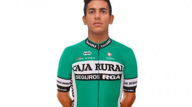 Así luce Nelson Soto con el uniforme de su nuevo equipo Caja Rural