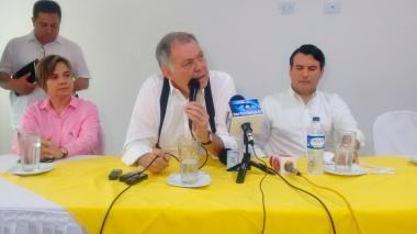 ¿Se aleja Alejandro Ordóñez de la alianza entre Pastrana y Uribe?