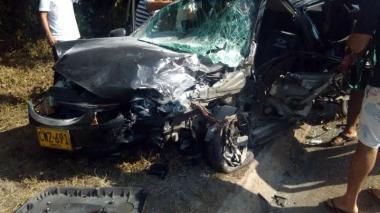 Triple choque de vehículos en Magdalena deja cinco heridos