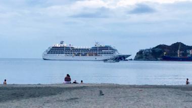 El crucero Pacific Princess, el primero en llegar a playas del Magdalena en 2018.