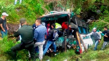 Cinco personas muertas y 17 heridas dejó accidente de tránsito en Santa Rosa de Osos, en Antioquia