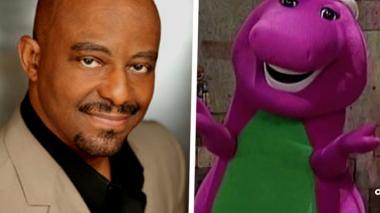 Actor que daba vida a Barney ahora da masajes tántricos