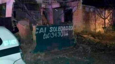 Eln se atribuye atentado en CAI de Soledad 2000