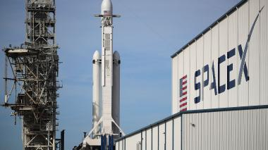 SpaceX lanzará este martes el cohete más poderoso del mundo