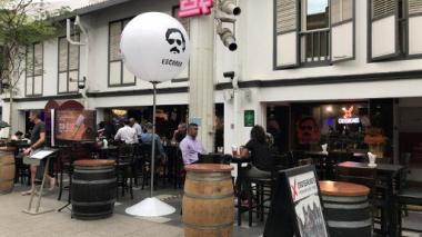Gobierno reclama a restaurante en Singapur con nombre e imagen de Pablo Escobar