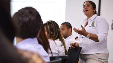 Reconocen incremento salarial a administrativos del sector educativo en Soledad