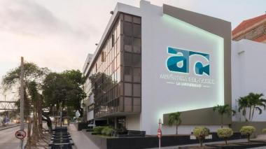 Fachada de la sede de la Universidad Autónoma del Caribe, ubicada en el norte de Barranquilla.