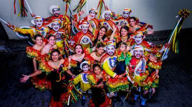 """""""Familia que baila unida permanece unida"""", es la frase preferida de los Jiménez."""
