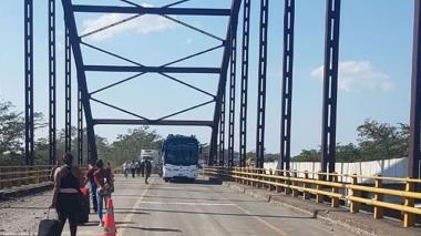 Por voladura de puente en Cesar, empresas de transporte desvían rutas