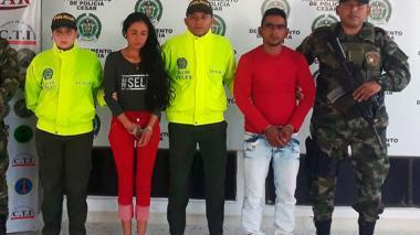 Rosalía Paez, alias la Flaca, y Emilio Antonio Tarazona, alias Zambo, fueron mostrados por la Policía del Cesar.