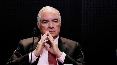 Edgardo Maya Villazón, contralor Genera de la República.